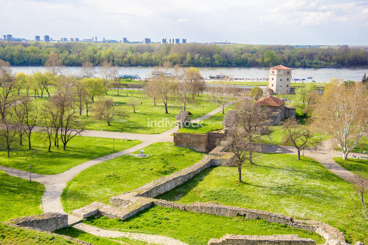 landscape view on green field and fortress of Kalemegdan, Belgra