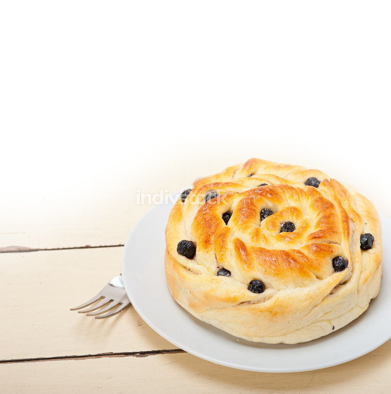 blueberry bread cake dessert