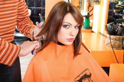 customer in hair salon