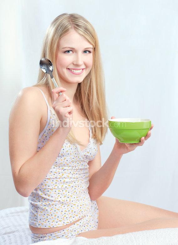 Girl and mornning meal
