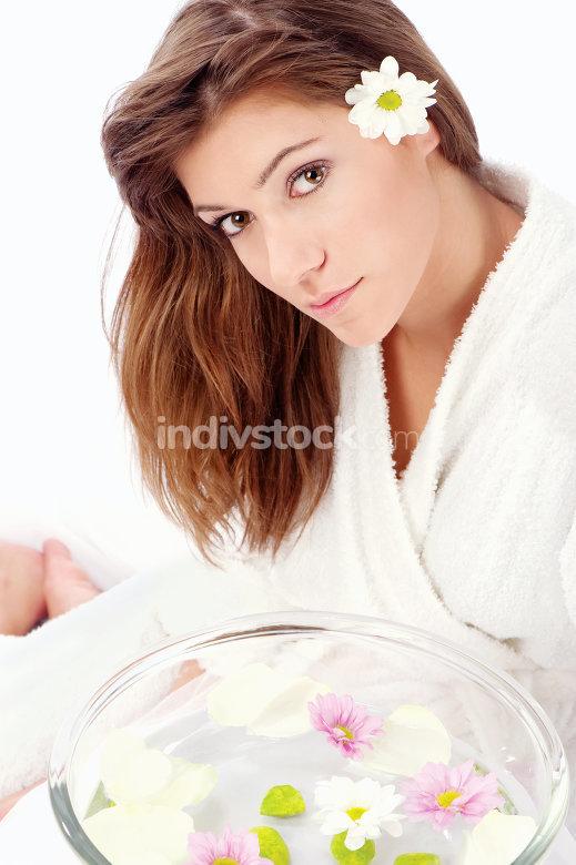 brunette preparing for spa treatment