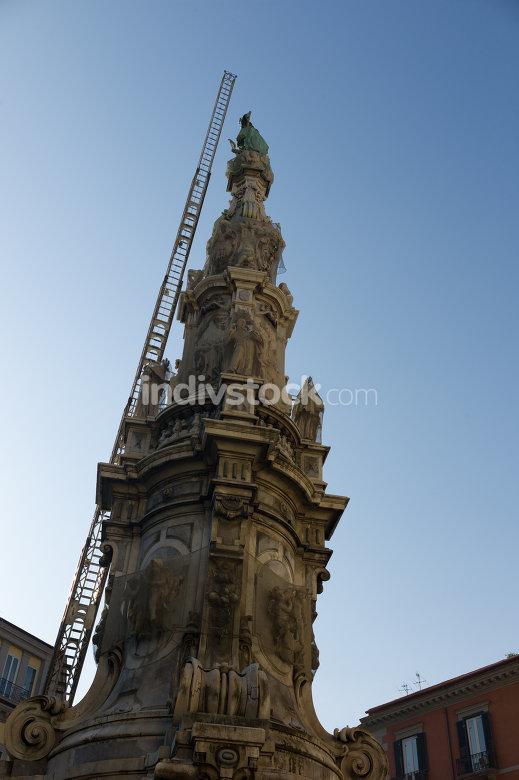 free download: Obelisk in  center of naples