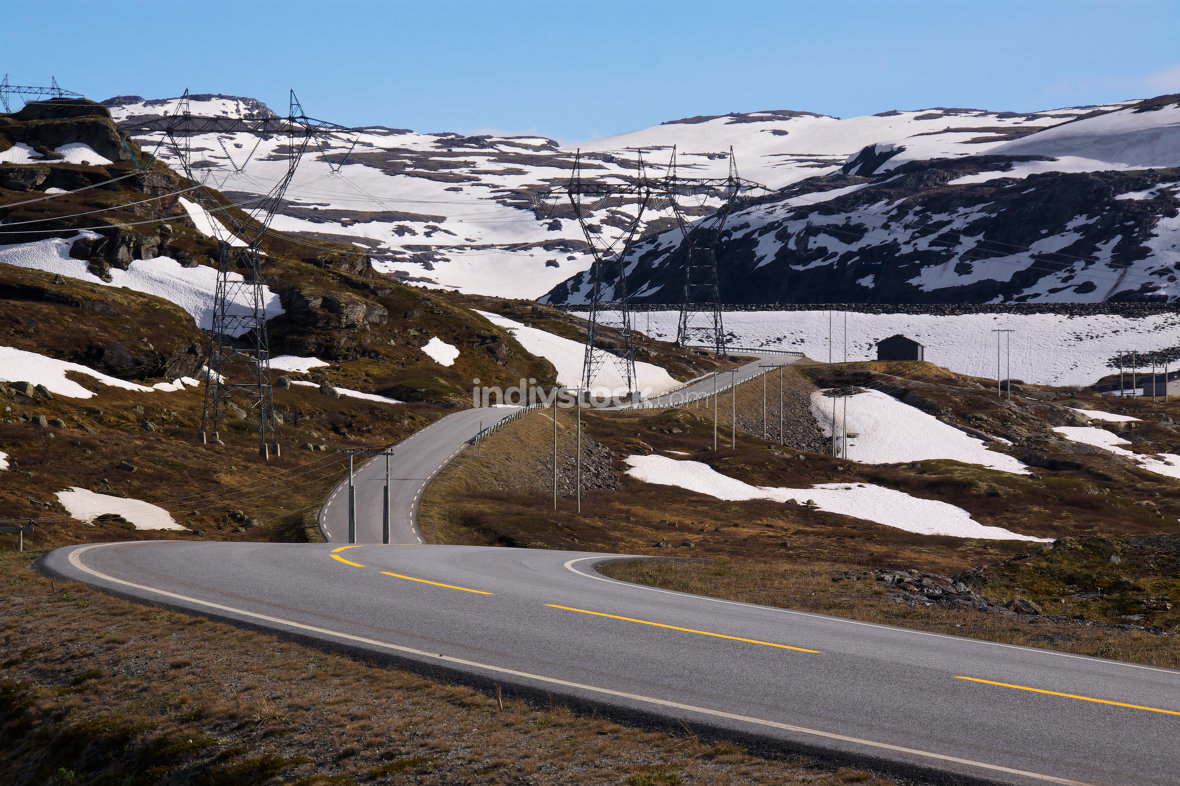 Norwegian road in spring