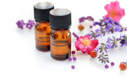 essential oils with rose and lavender