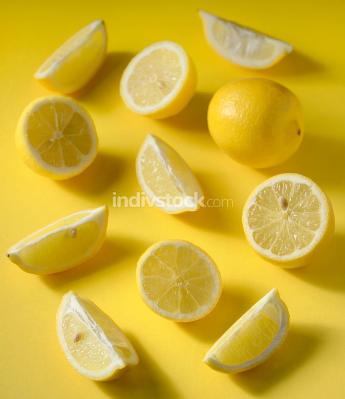 Fresh cut lemon slices
