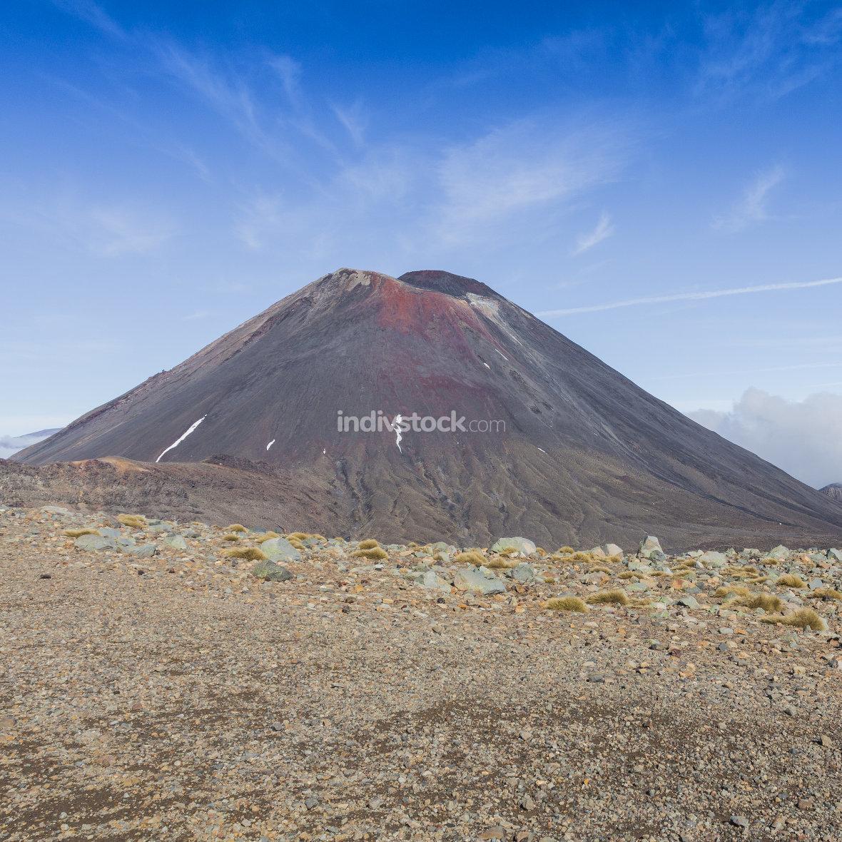Ngauruhoe volcano (2291mt), Tongariro national park, North islan