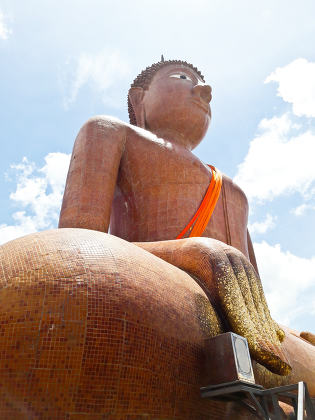 Golden buddha at Nakhon Pathom, thailand