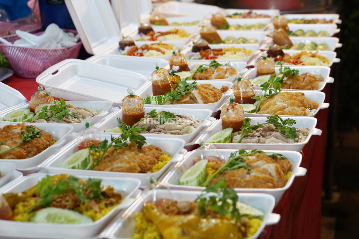 take away food to go at thailand night market with chicken or po