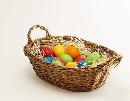 free download: easter basket with easter eggs