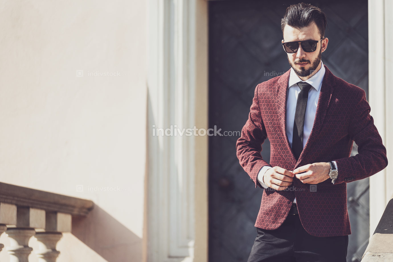 Fashionable businessman outdoors