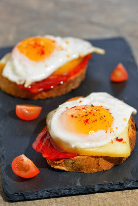 Fried egg on toasts