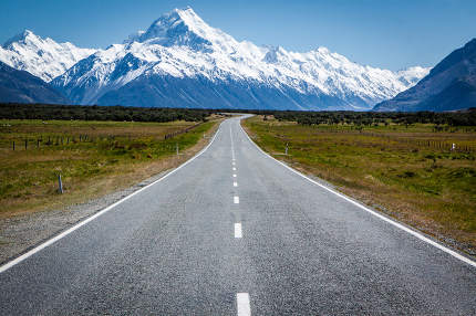 Scenic road to Mount Cook