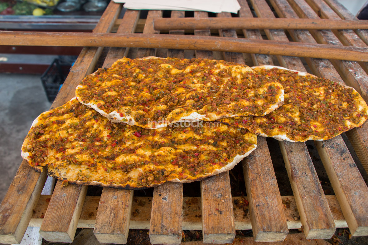 Lahmacun, Turkish pizza pancake with  meat filling