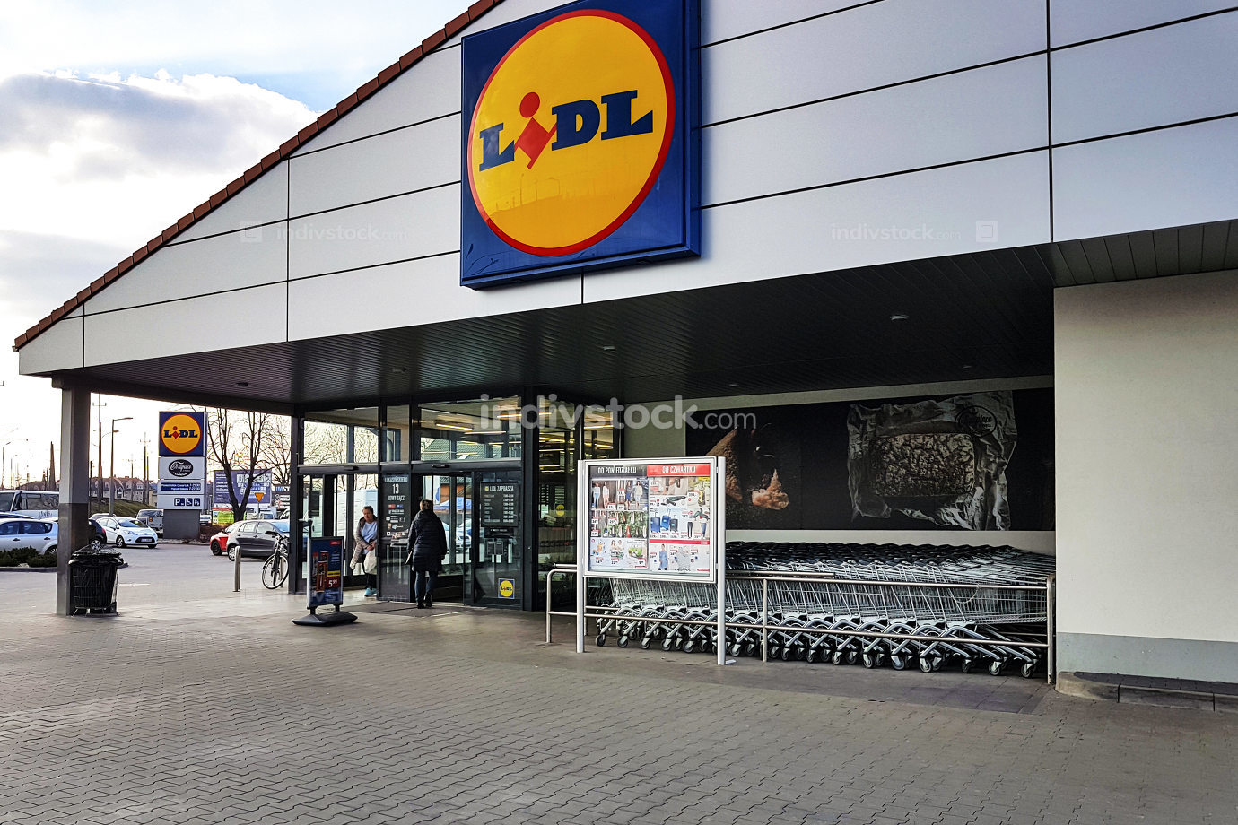 Entrance of the Lidl Store