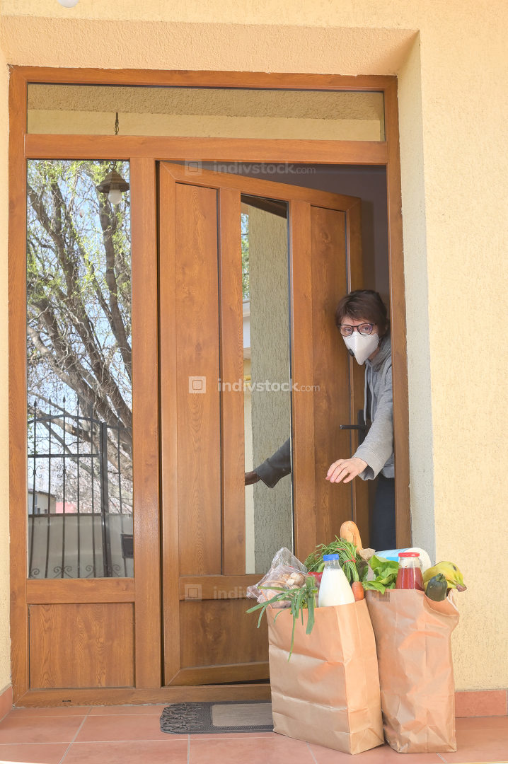 Delivering Food To A Self-isolate Woman or Quarantine