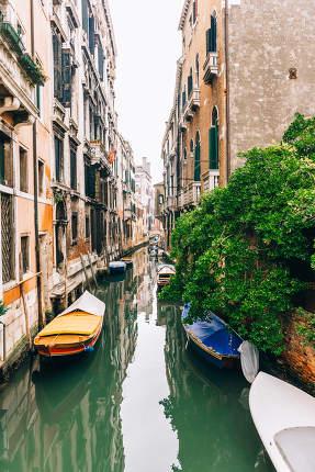 narrow canals of Venice Italy