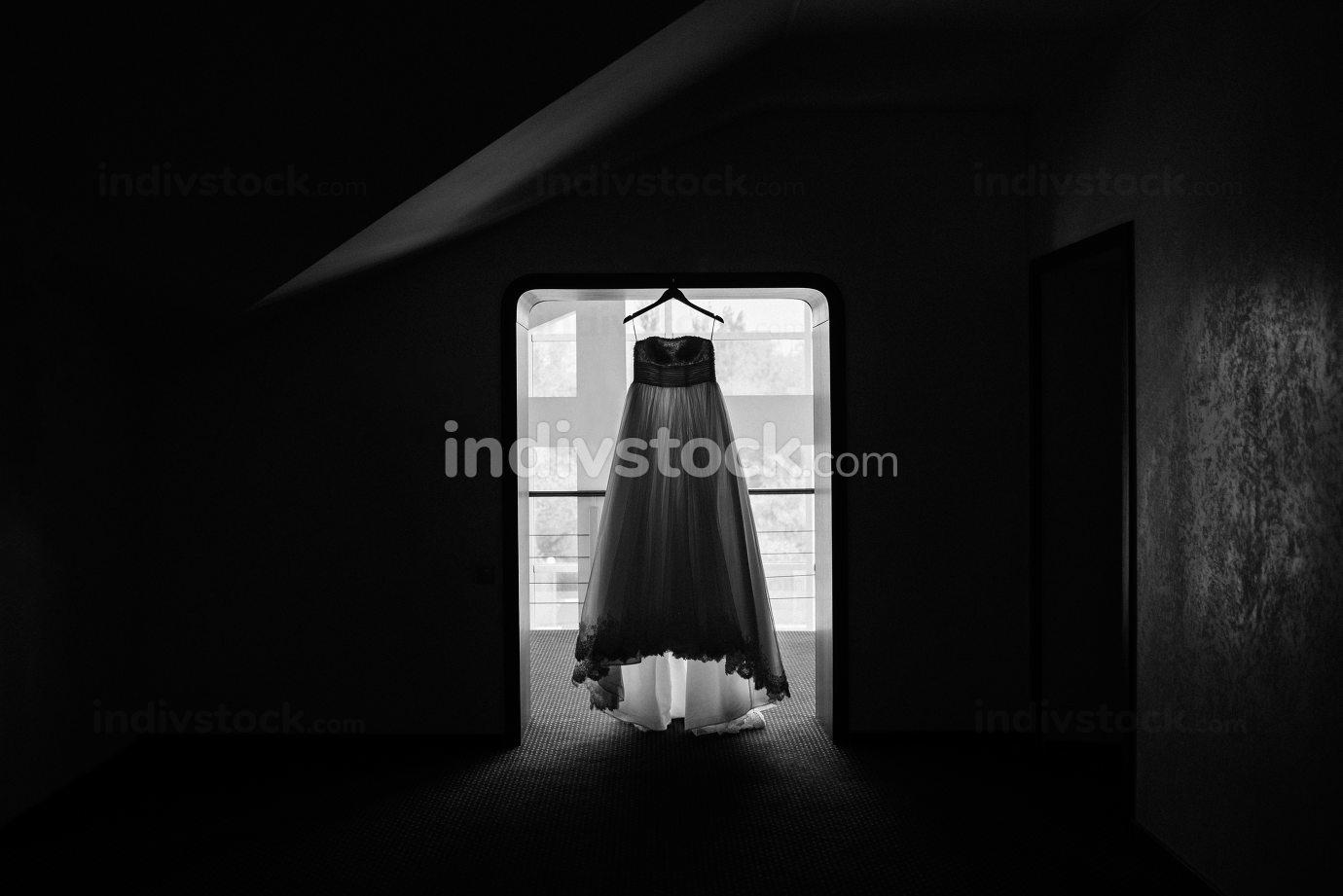 perfect wedding dress on the wedding day