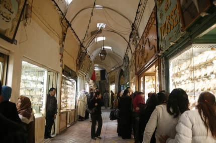a Marketstreet in the Gold Souq, Market or bazaar in the Old City of Tunis in north of Tunisia in North Africa,  Tunisia, Sidi Bou Sair, March, 2009