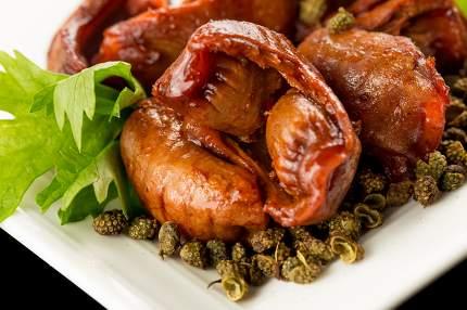 Braised chicken gizzard, Chinese cuisine.