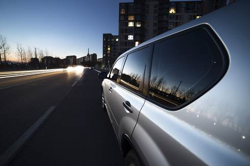 Evening SUV in Beijing Fangshan district