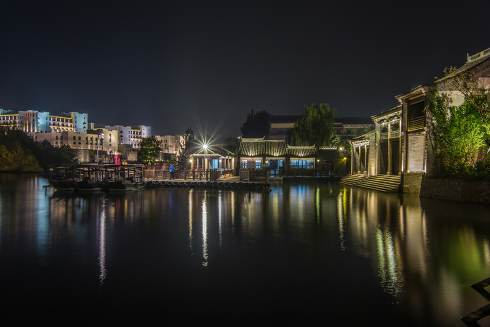 Gubei water town night view