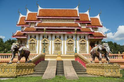 THAILAND TAK WAT KLANG SUAN DOK MAI TEMPLE
