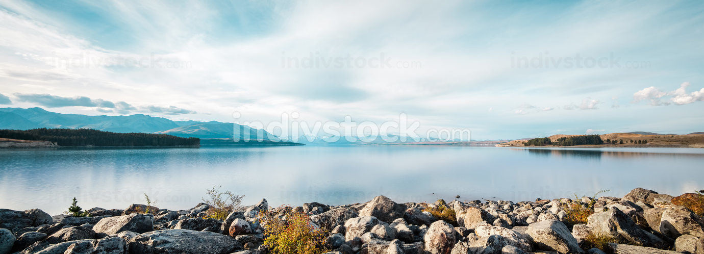 landscape of lake in summer day in new zealand