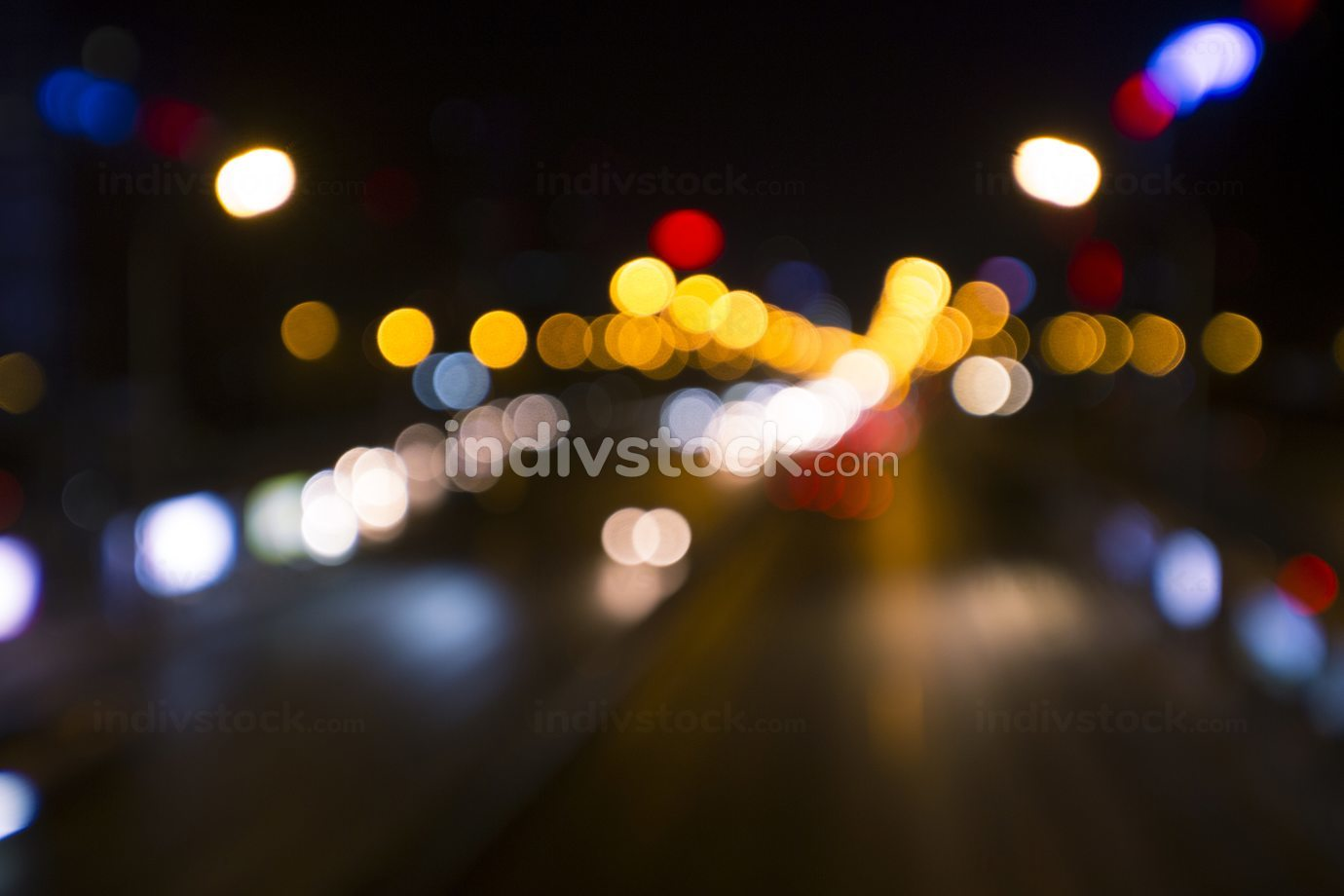Out of focus lights at night