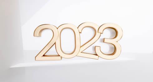 2023 golden symbol 3d-illustration metallic number
